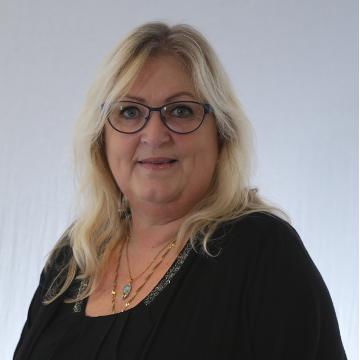 Ann Britt Jensen, kontorassistent